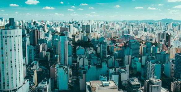 Motoboy no Centro de São Paulo, Solução para Entregas Rápidas